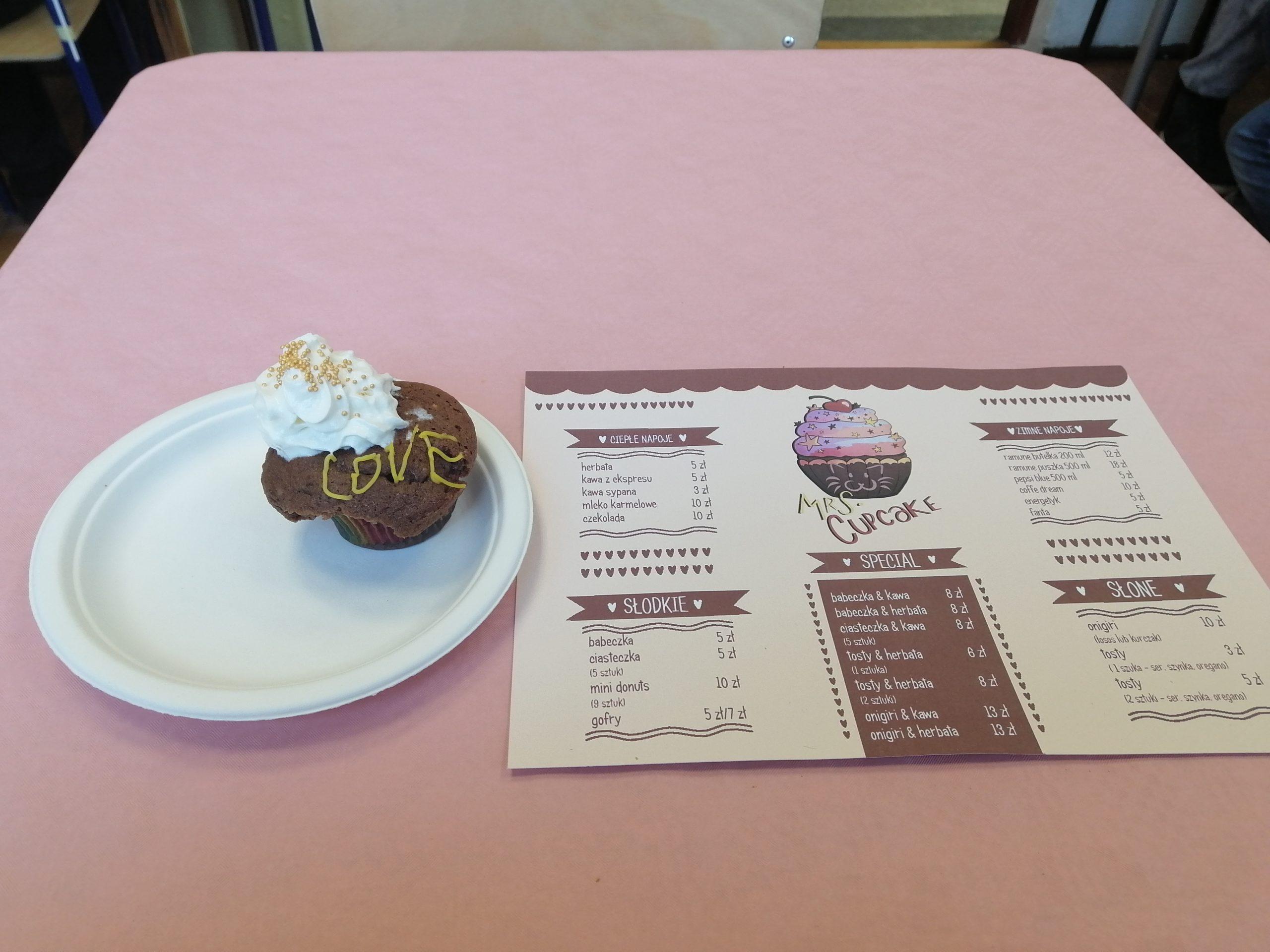 Kawiarenka meido - Mrs. Cupcake